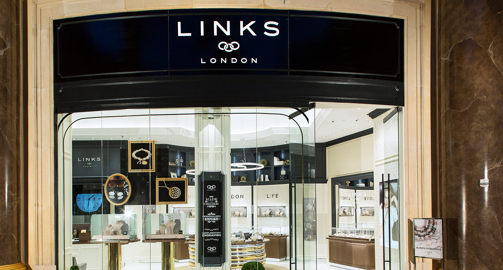 Links of London Exterior